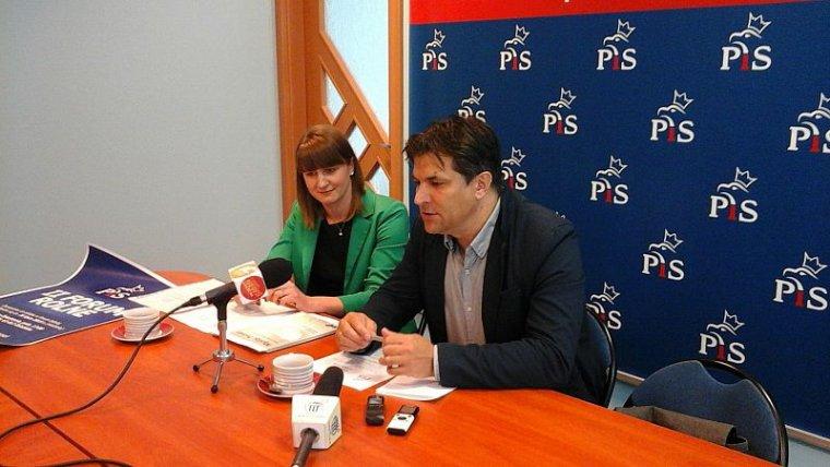 Agnieszka Michalak i Piotr Kaleta z regionalnych struktur PiS