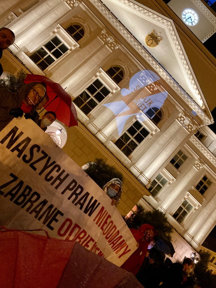 #PiekloKobietKalisz  pod Ratuszem - 27.10.2020r.  fot. Calisia.pl
