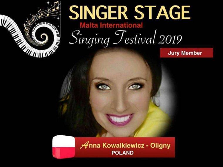 Singer Stage